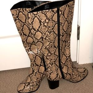 Sz10 Addition-Elle wide calf boots - NEW
